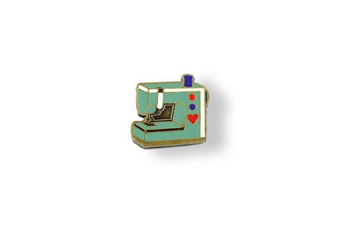 výroba a prodej smaltovaných odznaků, pamětní odznaky