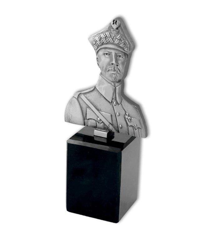Statuette mit einem Soldaten, hergestellt von MCC Metal Casts