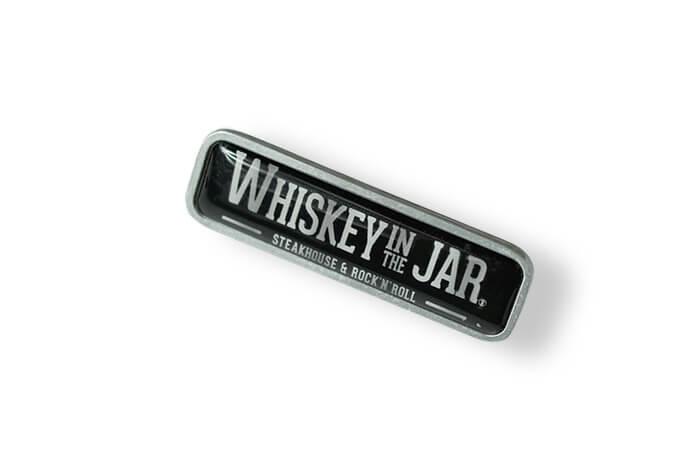 Whiskey In The Jar – Pin mit 3D-Aufkleber vom Ansteckerhersteller