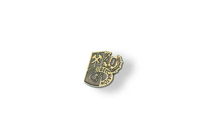 Pins in Bronze Antik, hergestellt vom MCC Metal Casts für Tagebauwerk Bełchatów